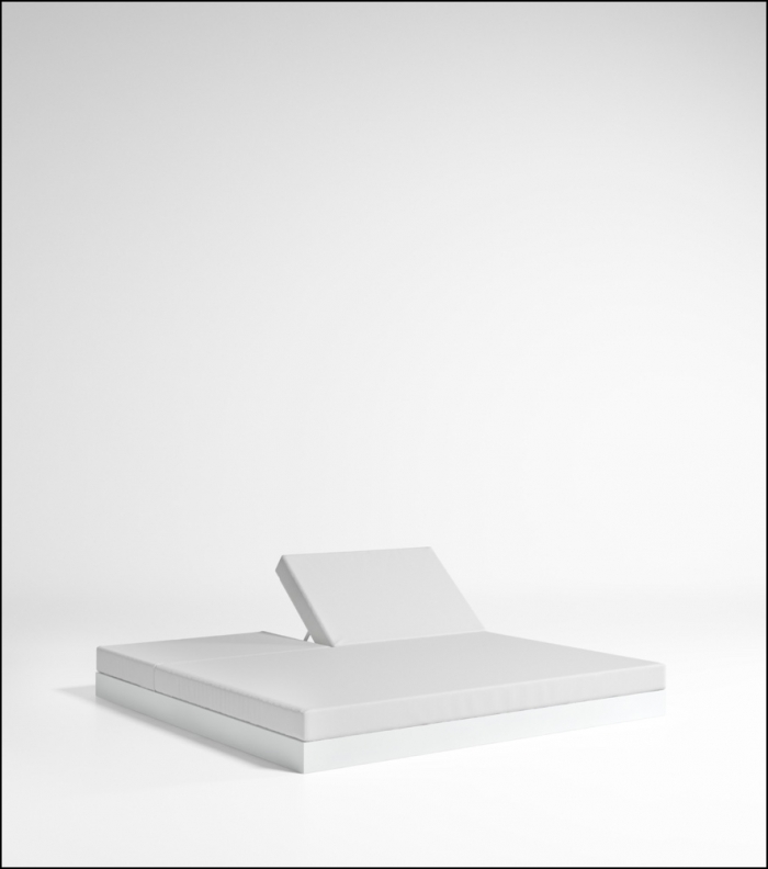 chill white bed 200 with backrest product image 2 700x792 - Tagesbett Chill - Gandia Blasco