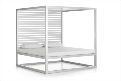 daybed fixed slats 1 sidewall anodized 2 500x334 - Tagesbett Lamellen - Gandia Blasco