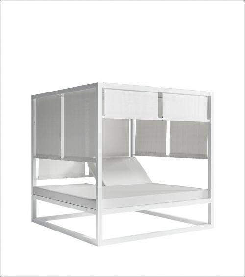 daybed white 2 500x566 - Tagesbett - Gandia Blasco