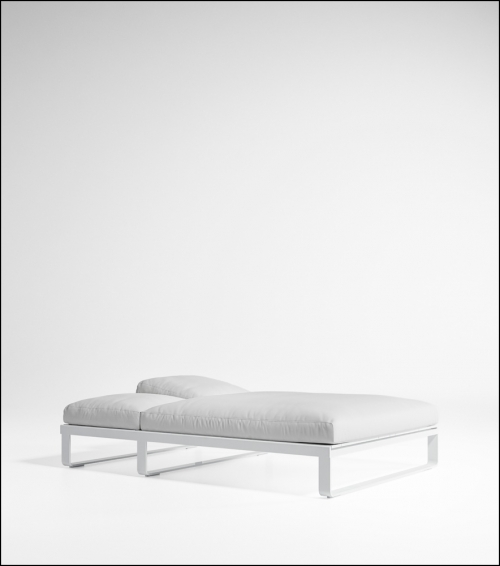 flat white bed chill 140 product image 2 500x566 - Tagesbett Flat - Gandia Blasco