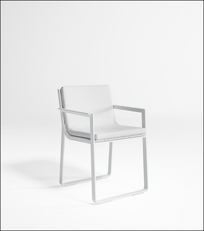 flat white chair product image 2 700x792 - Stuhl Flat - Gandia Blasco