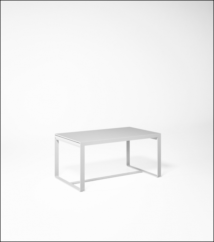 flat white high table 150 product image 2 700x792 - Hoher Tisch Flat - Gandia Blasco