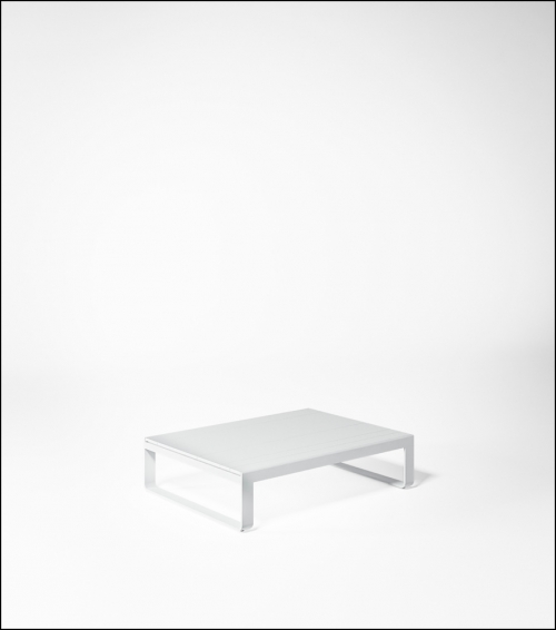 flat white low table 120 product image 2 500x566 - Niedriger Tisch Flat - Gandia Blasco
